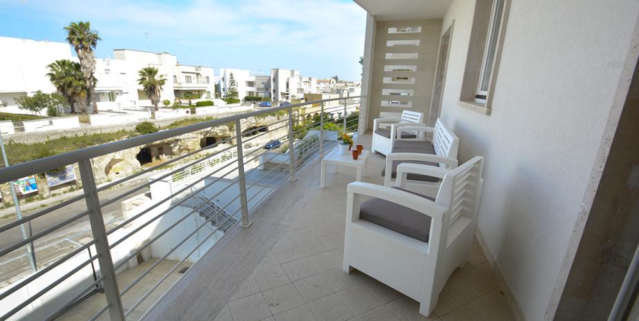 balcone – appartamento ponente – appartamenti Hypogeum otranto